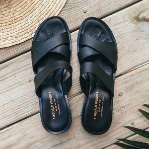 Donald J Pliner Black Leather Sandals